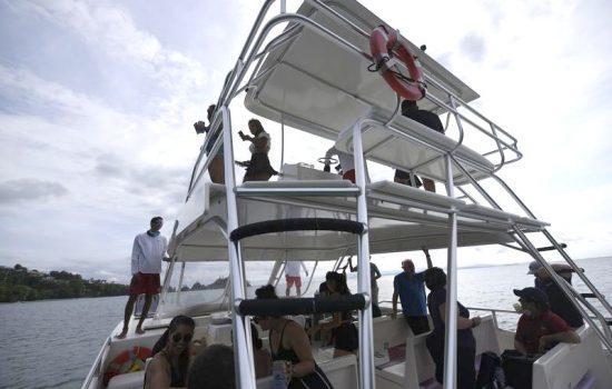 Costa-Rica-Party-Boat-Catamaran-Jaco-Beach-Los-Suenos-01