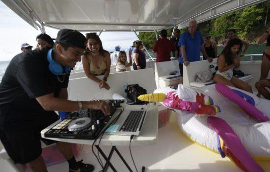 Costa-Rica-Party-Boat-Catamaran-Jaco-Beach-Los-Suenos-03