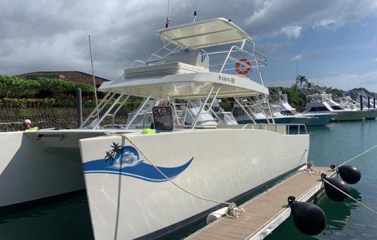 Costa-Rica-Party-Boat-Catamaran-Jaco-Beach-Los-Suenos-3