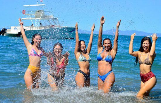 Costa-Rica-Party-Boat-Catamaran-Jaco-Beach-Los-Suenos