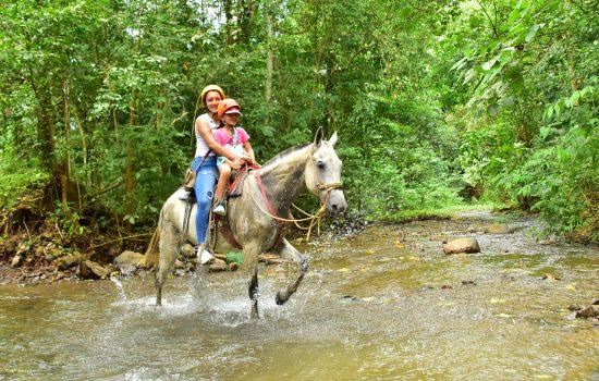 Horse-Tours-Costa-Rica-Jaco-Los-Suenos-2