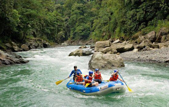 Jaco-White-Water-Rafting-Tours-Savegre-River-Costa-Rica-01