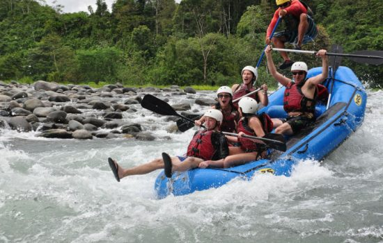 Jaco-White-Water-Rafting-Tours-Savegre-River-Costa-Rica-02