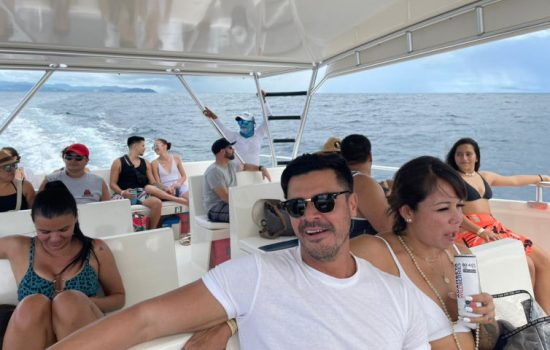 Party-Boat-Tour-Tortuga-Island-Costa-Rica