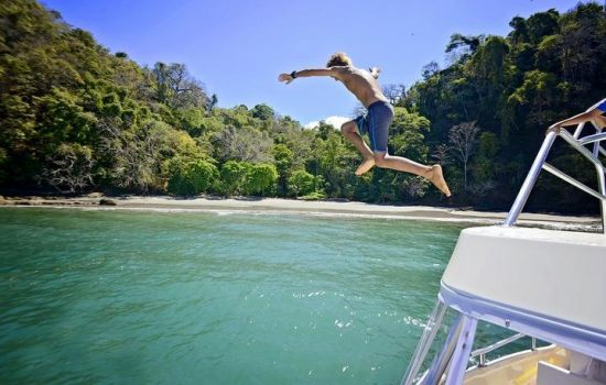 Tortuga-Island-Party-Boat-Tour-Costa-Rica-27
